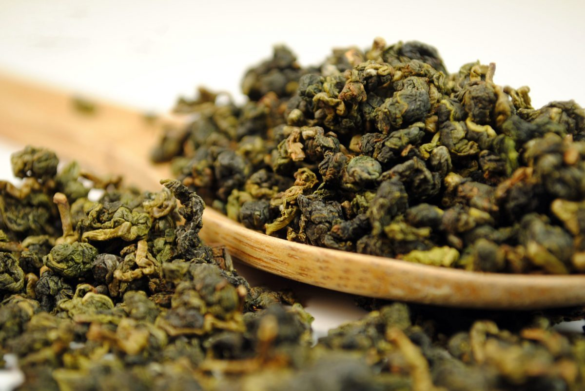 Oolong Tea: What Is It and What Varieties Available Out There?
