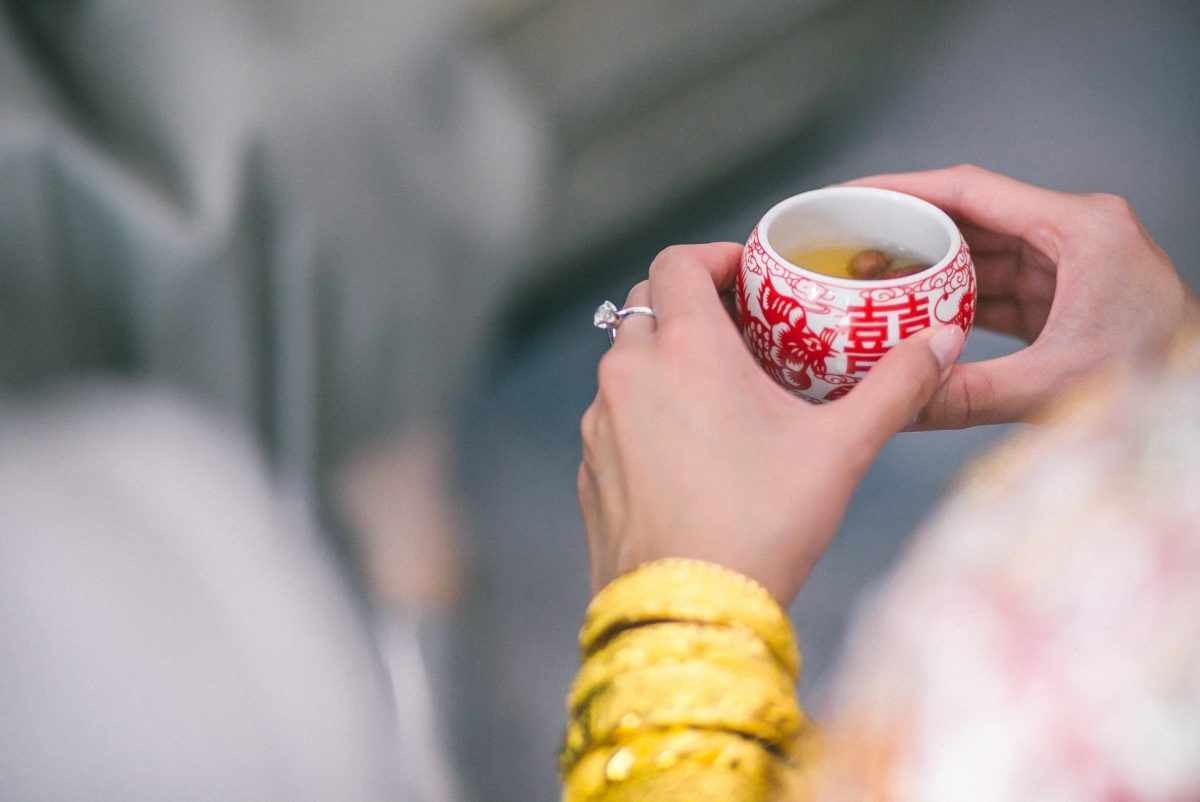 How to Make a Tea Blend for Your Wedding Day
